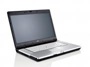Fujitsu LifeBook E780 (szépséghibás) laptop